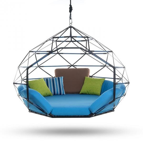 hanging sitting pod (1).jpg