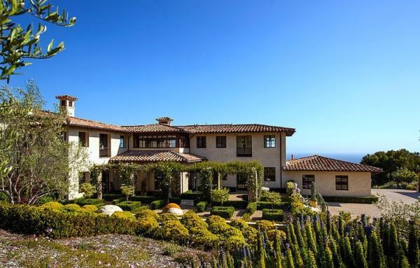 The Malibu house a Tuscan romance revived (1)