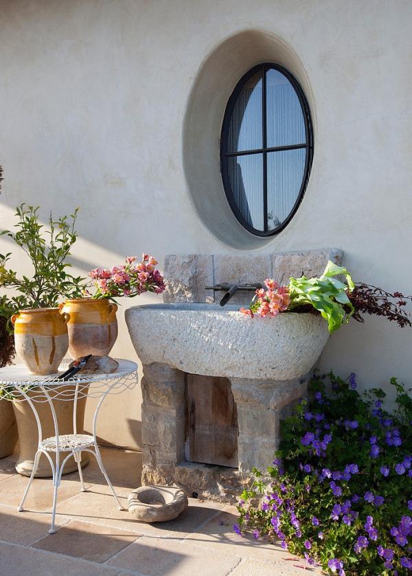 The Malibu house a Tuscan romance revived (16)