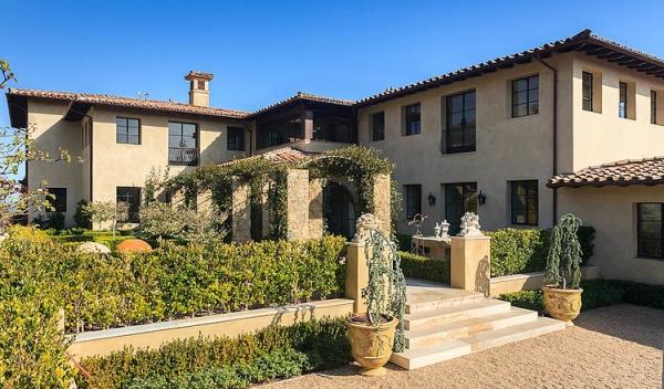 The Malibu house a Tuscan romance revived (3)
