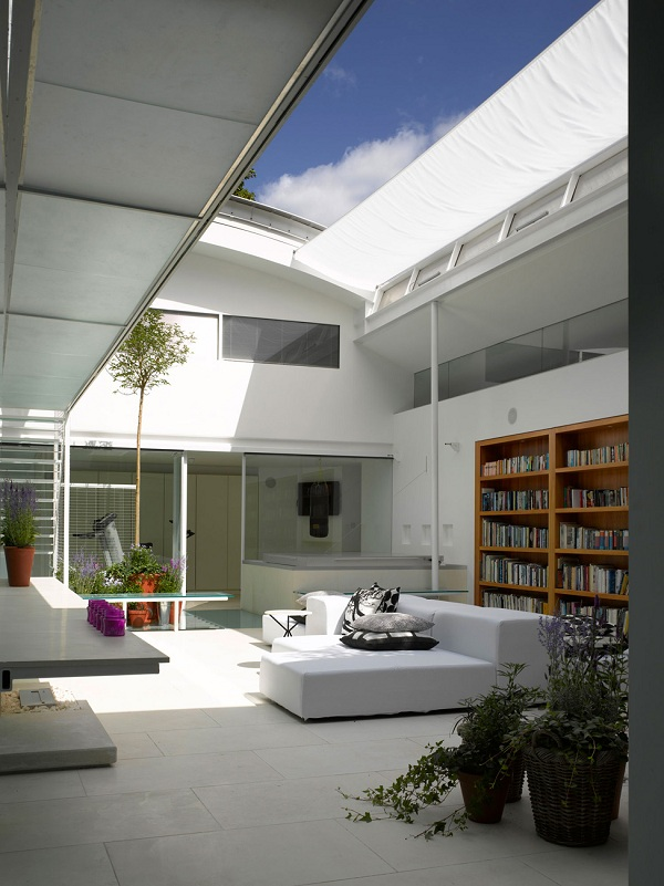 the-spectacular-gayton-road-residence-1