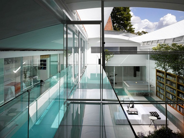 the-spectacular-gayton-road-residence-7