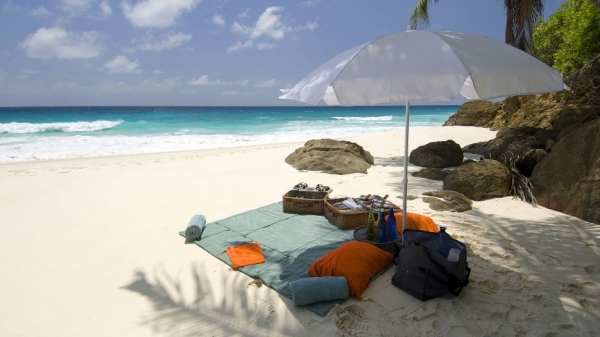 the-superb-north-island-lodge-on-the-seychelles-10