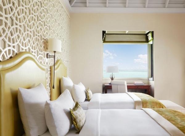the-surreal-taj-exotica-resort-in-the-maldives-10