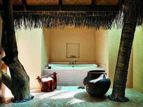 the-surreal-taj-exotica-resort-in-the-maldives-14
