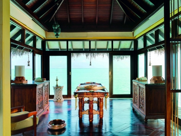 the-surreal-taj-exotica-resort-in-the-maldives-15
