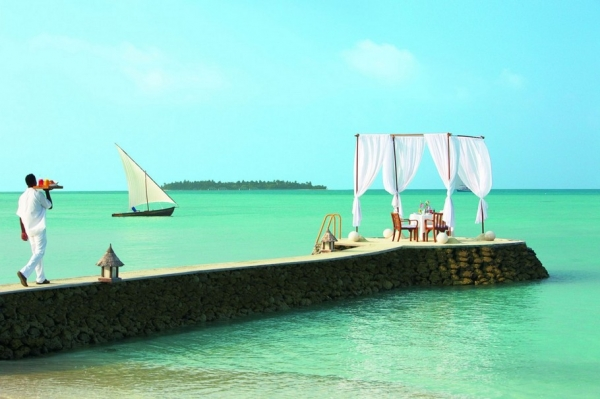 the-surreal-taj-exotica-resort-in-the-maldives-3