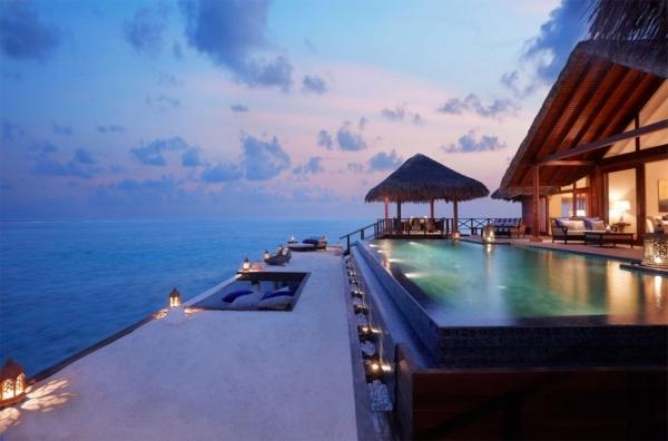 the-surreal-taj-exotica-resort-in-the-maldives-4