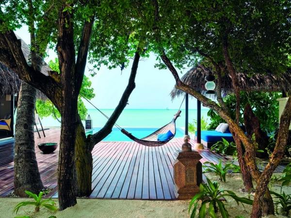 the-surreal-taj-exotica-resort-in-the-maldives-6