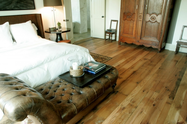 The Trendy Painted Reclaimed Wood Flooring