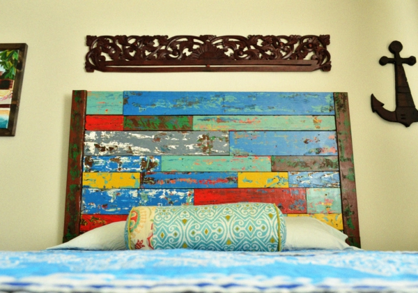 the-trendy-painted-reclaimed-wood-flooring-4