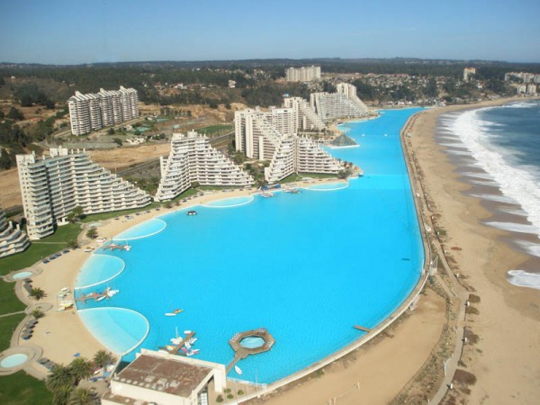 the worlds largest and most impressive swimming pool - World S Most Amazing Swimming Pools