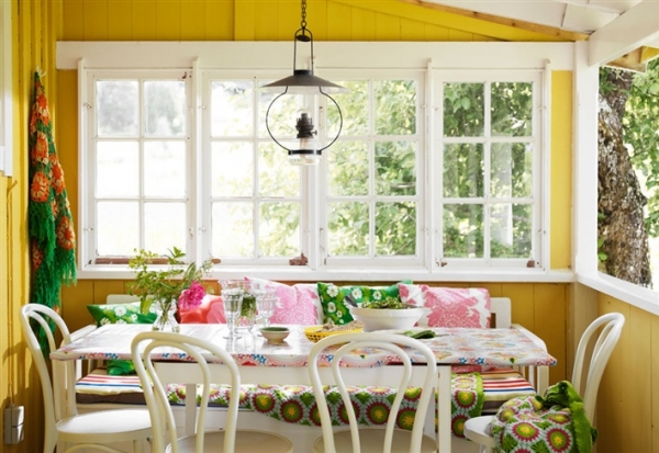 the-yellow-house-1