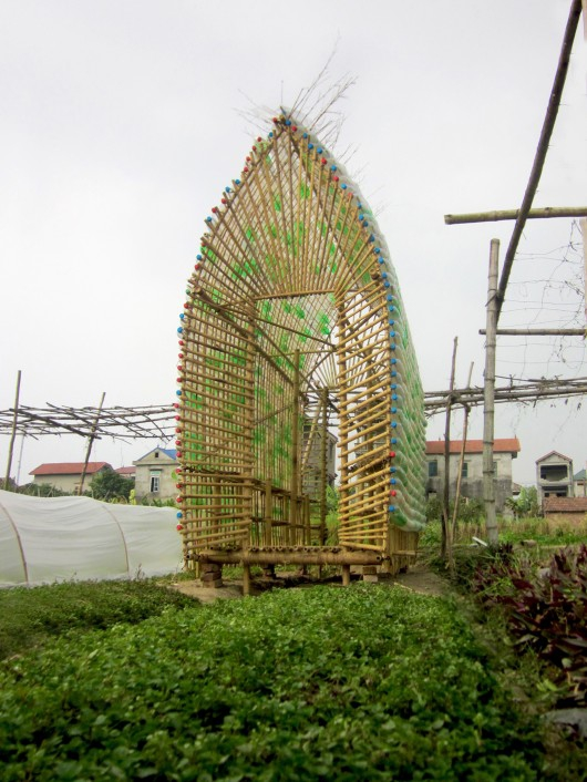 think-sustainable-with-this-vegetable-nursery-house-2