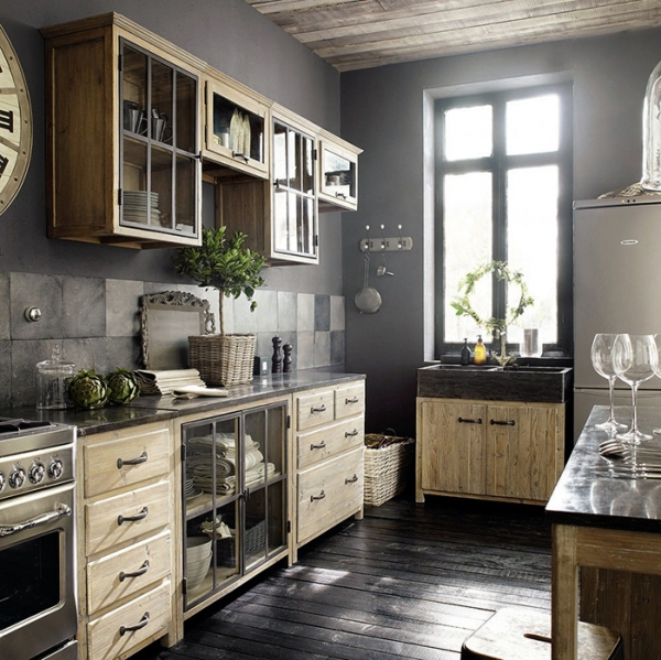 This is why we love french kitchens adorable home for Armoire newport maison du monde
