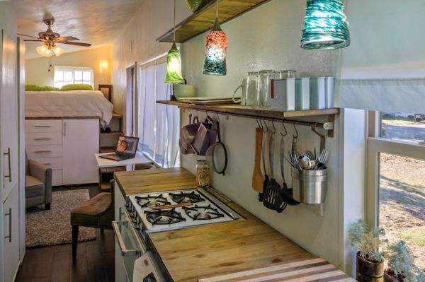 tiny-house-from-recycled-materials-6