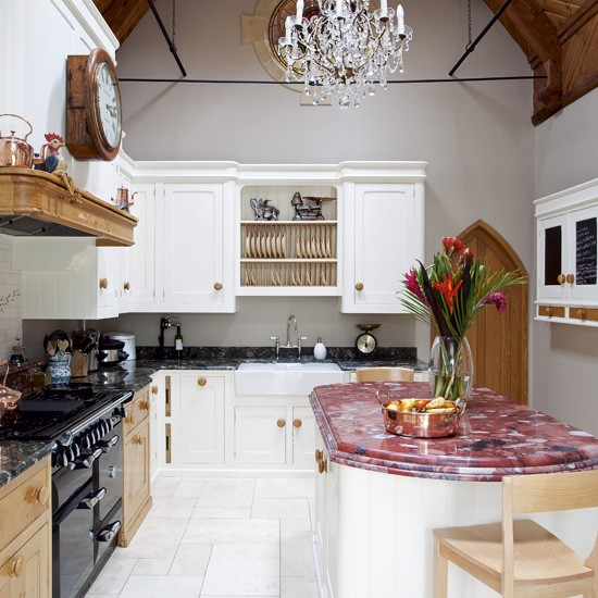 traditional-wooden-kitchens-1_0