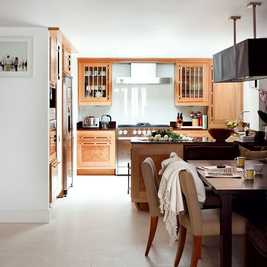 traditional-wooden-kitchens-4