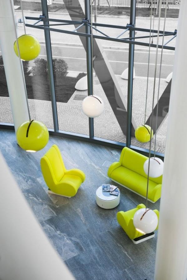 futuristic-hotel-1