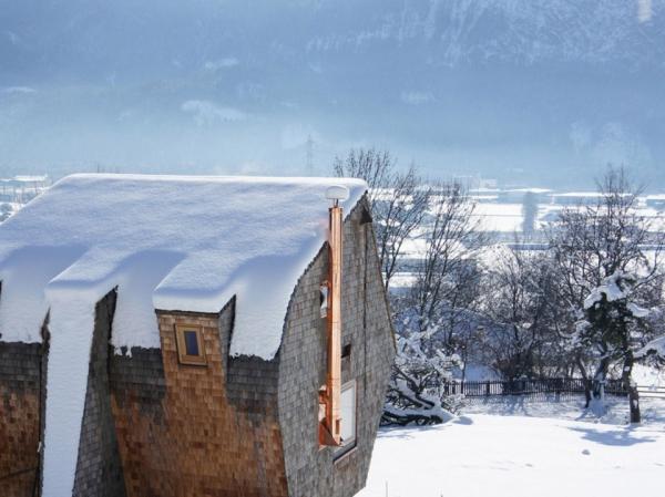 ufogel-an-idyllic-winter-guest-house-2