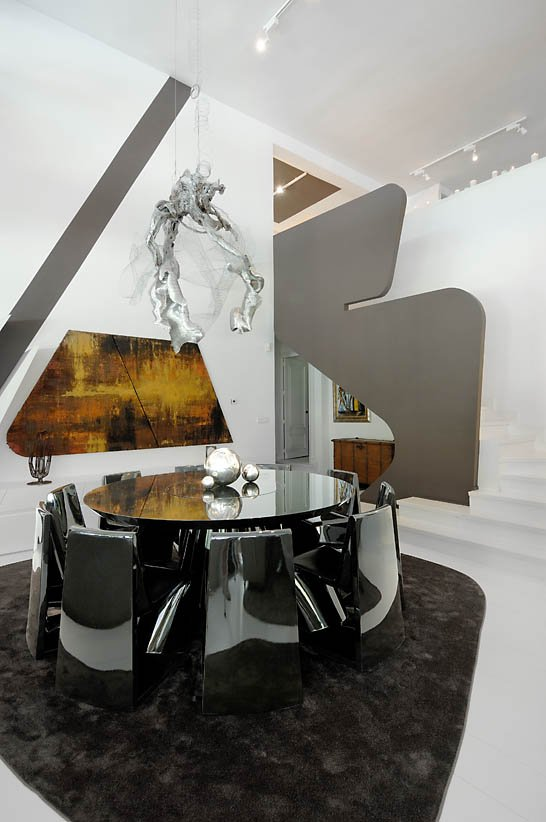 ultra-modern-interior-featuring-futuristic-architecture-10