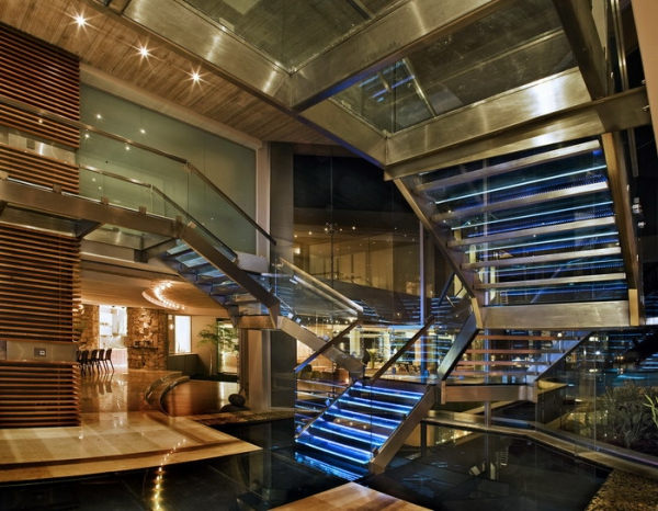 luxury glass house Johannesburg (13).jpg