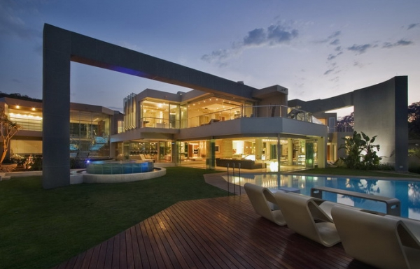 luxury glass house Johannesburg (20).jpg