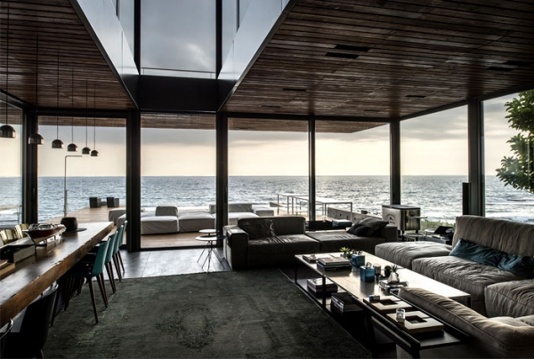 dramatic villa by the water  (4).jpg