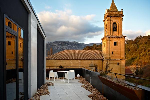 unique-architecture-of-the-spanish-viura-hotel-6