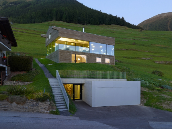 unique-country-house-with-endless-views-4