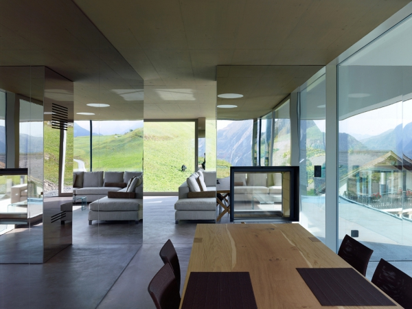unique-country-house-with-endless-views-5