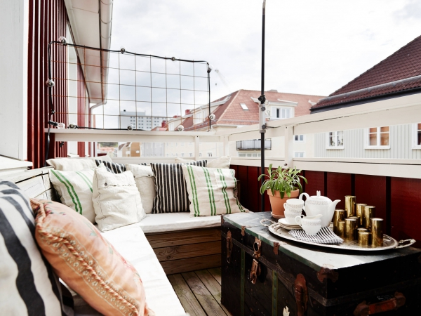 Unique home with adorable balcony (3)