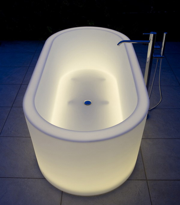 unique-illuminated-bathtubs-1