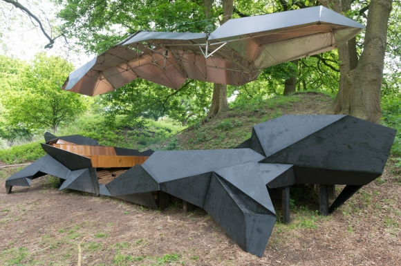 unique-pavilion-for-lounging-and-fun-5