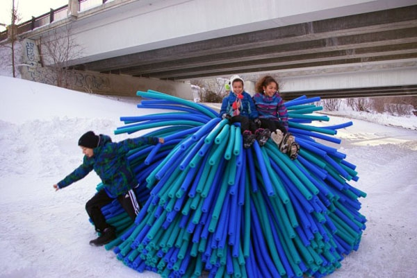 unique-sculptures-will-bring-out-the-kid-in-you-3