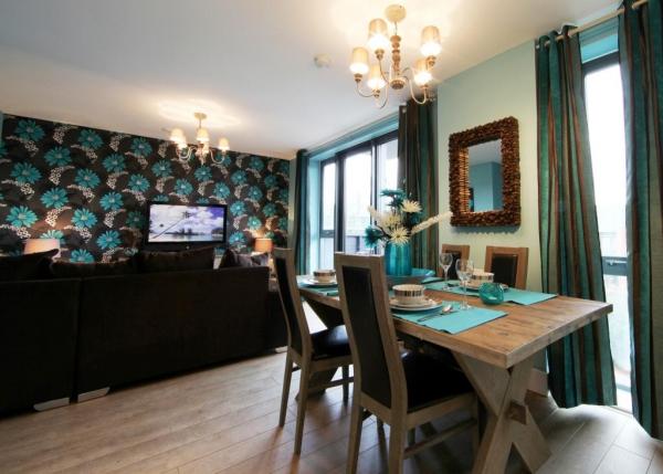 vibrant-central-london-apartment-2
