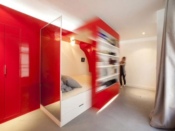 Vibrant compact space design  (2)