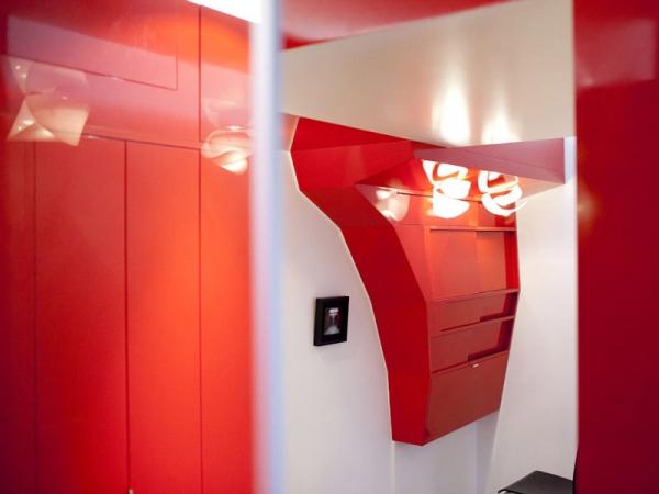 Vibrant compact space design  (5)
