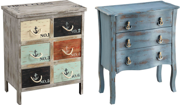 vintage-and-country-chic-chests-and-side-tables-7