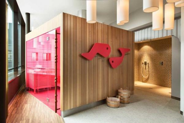 Vivid hotel design in Switzerland  (10)