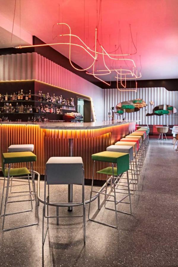 Vivid hotel design in switzerland adorable home for Hotel design geneve