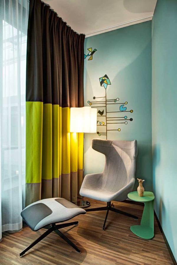 Vivid hotel design in Switzerland  (7)