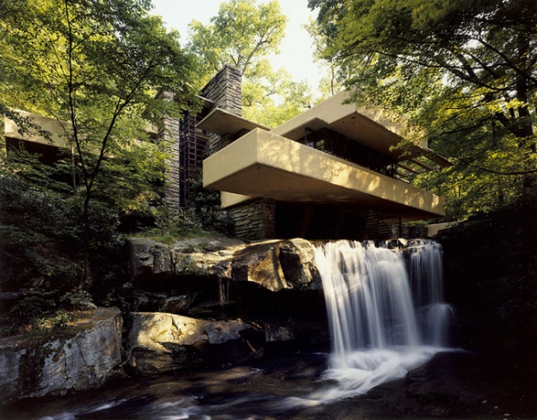 http://adorable-home.com/houses-and-apartments/waterfall-home-is-a-work-of-art-12243/