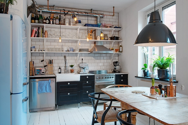 We love the eclectic Scandinavian decor (7)