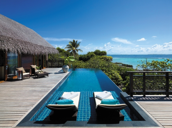 welcome-to-villingili-resort-and-spa-13