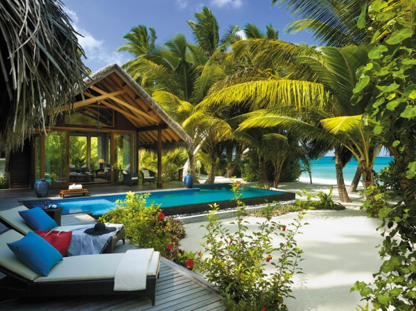 welcome-to-villingili-resort-and-spa-7