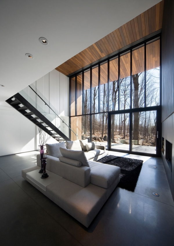 Contemporary forest home in Montreal (2)