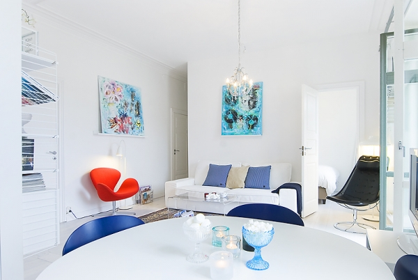 white-and-blue-interior-1