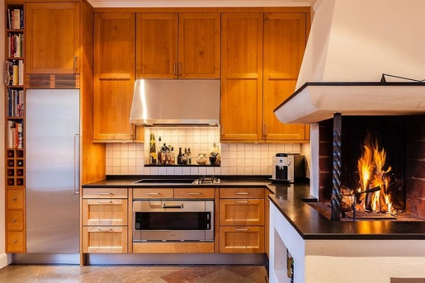 white-and-wood-in-the-kitchen-11