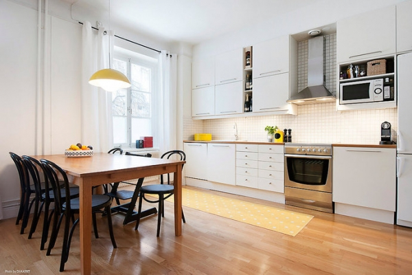 white-and-wood-in-the-kitchen-15